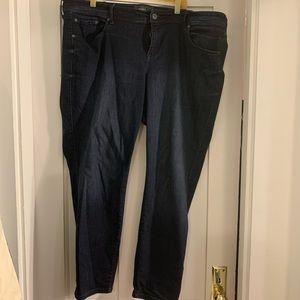 Torrid luxe skinny dark wash mid rise 24R jeans